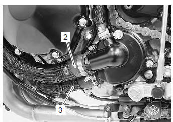 Suzuki GSX-R 1000 Service Manual: Cooling system inspection - Repair